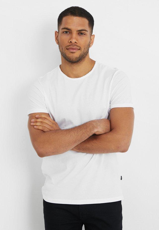 HECTOR - Jednoduché triko - white