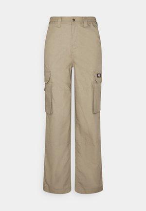 COMBA ELASTICATED CARGO - Cargo trousers - khaki