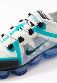 Nike Sportswear - AIR VAPORMAX 2019 - Sneakers laag - photon dust/black/oracle aqua/hyper blue - 2