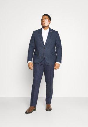 UPTOWN SUIT PLUS SET - Suit - navy