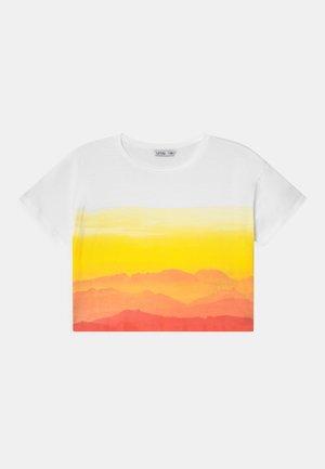 BANGUI - Print T-shirt - white