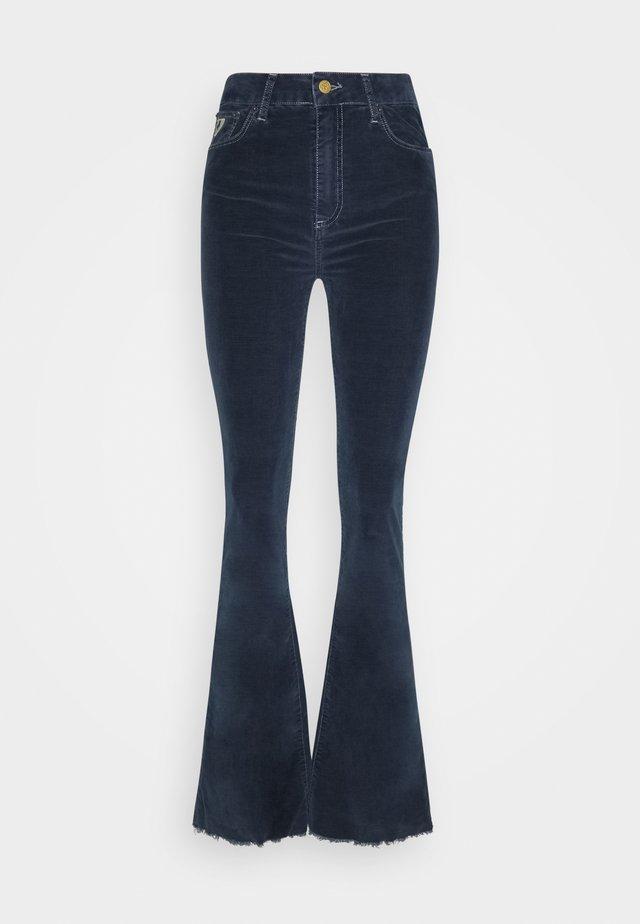 RAMONA - Pantalon classique - capitole dark