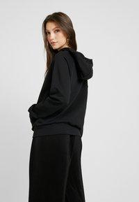 Nike Sportswear - Huppari - black/white - 2