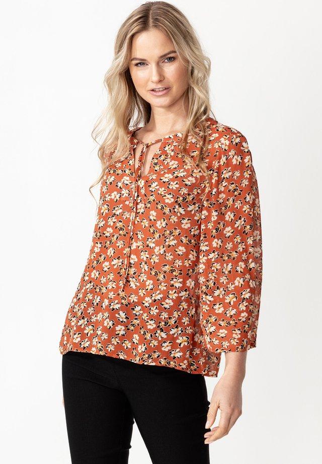 INDISKA BLOUSE MINDY - Button-down blouse - lighttrust