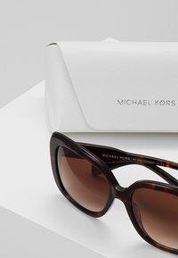 Michael Kors - KLOSTERS - Zonnebril - dark tot - 2