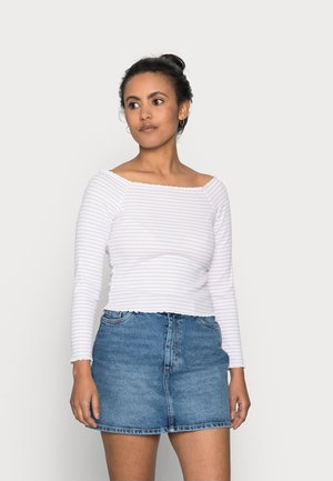 PCALICIA OFF-SHOULDER TOP - Long sleeved top - orchid bloom/bright white