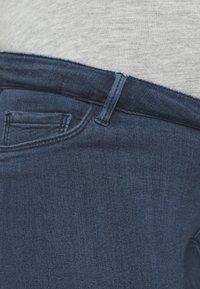 ONLY - OLMRAIN LIFE - Denim shorts - medium blue denim - 2