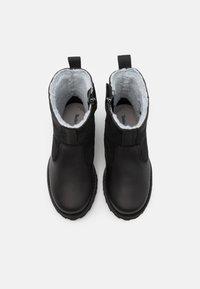 Timberland - COURMA KID UNISEX - Kotníkové boty - black - 3