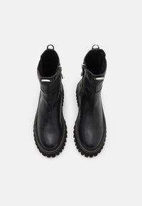 Zign - LEATHER - Platform ankle boots - black - 5