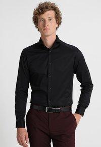 Selected Homme - PELLE - Business skjorter - black - 0