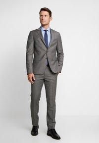Tommy Hilfiger Tailored - POPLIN CLASSIC SLIM SHIRT - Formální košile - blue - 1
