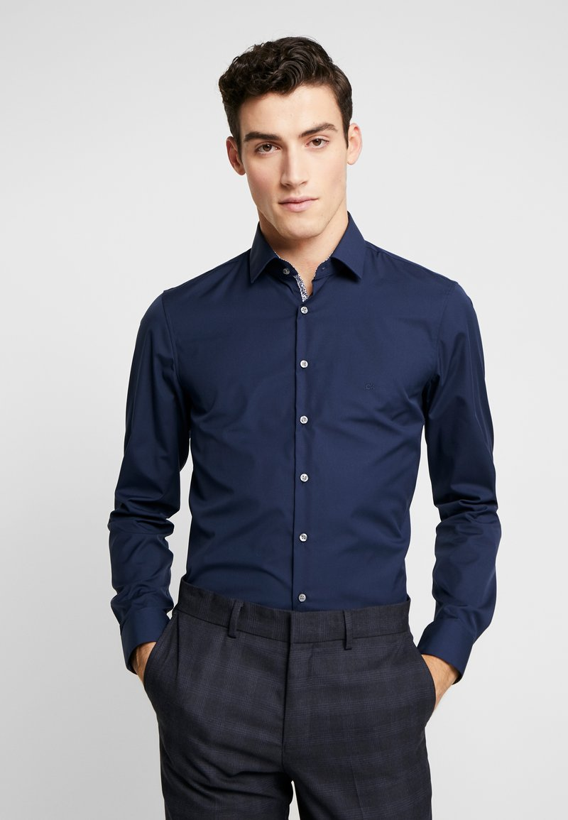 Calvin Klein Tailored - CONTRAST EASY IRON SLIM FIT SHIRT - Koszula biznesowa - blue