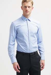 HUGO - JENNO SLIM FIT - Formal shirt - light/pastel blue - 0