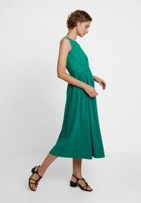 mint&berry - Jersey dress - bosphorus - 2