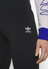 adidas Originals - TIGHT - Leggingsit - black/white - 4