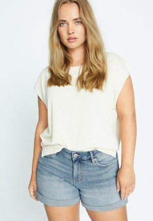 VICKY - Shorts di jeans - hellblau