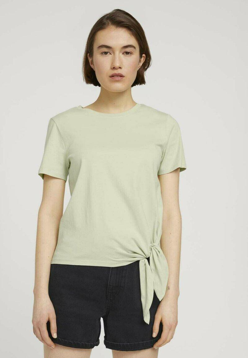 TOM TAILOR DENIM - Print T-shirt - light dusty green