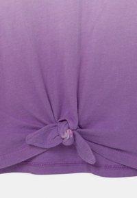 GAP - GIRL  - Triko spotiskem - grape jelly - 2