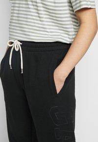GAP Petite - EASY - Tracksuit bottoms - true black - 5