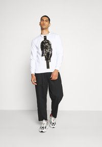 Glorious Gangsta - HATHIAN  - Bluza - white - 1