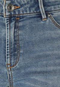 Esprit - JOG - Denim shorts - blue light wash - 2