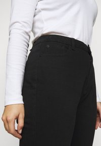 Missguided Plus - WRATH HIGH WAISTED - Jeans straight leg - black - 4
