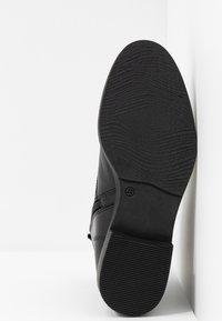 s.Oliver BLACK LABEL - Lace-up ankle boots - black - 6