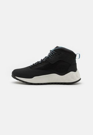 SOLAR WAVE MID - Sneakers hoog - black/white