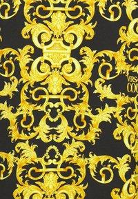 Versace Jeans Couture - LOGO BAROQUE  - Sweatshirt - black - 7