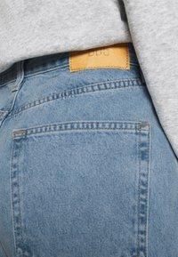 BDG Urban Outfitters - MODERN BOYFRIEND - Relaxed fit jeans - bleach - 6
