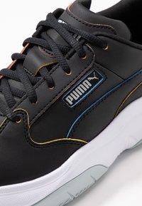 Puma - STORM.Y POP - Sneakersy niskie - black - 2