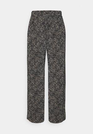 ONLTAMMIE PLISSE PANT - Broek - black/white