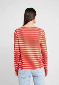 GANT - BRETON STRIPE BOATNECK JUMPER - Long sleeved top - blood orange - 2