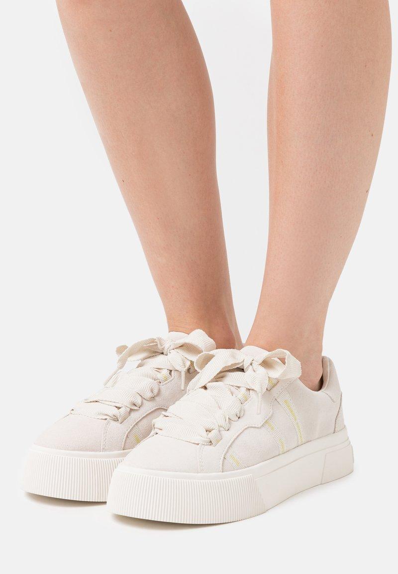 Scotch & Soda - ZADIE - Sneakers laag - weiß