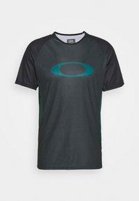 Oakley - TECH TEE - T-Shirt print - dull onix - 0