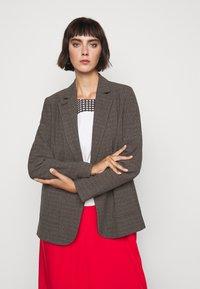 Won Hundred - LINDA - Short coat - brown melange - 3