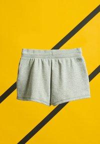 Superdry - Sports shorts - grey marl - 1