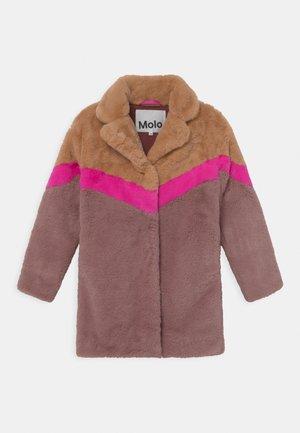 HAILI - Płaszcz zimowy - light pink