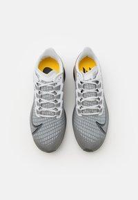 Nike Performance - AIR ZOOM PEGASUS 37 UNISEX - Neutral running shoes - particle grey/dark grey/black/white - 3