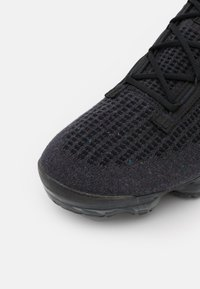 Nike Sportswear - AIR VAPORMAX 2021 - Trainers - black/anthracite - 5