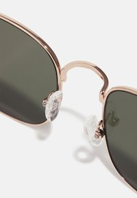 Pier One - Sunglasses - goldfarben - 2