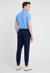 Polo Ralph Lauren - CUFF PANT - Tracksuit bottoms - cruise navy - 2