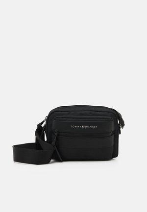 ELEVATED CAMERA BAG UNISEX - Across body bag - black