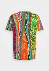 Carlo Colucci - SET - Print T-shirt - white - 6