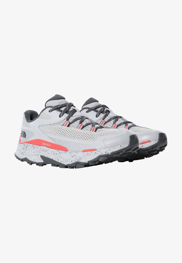 TARAVAL - Chaussures de marche - microchip grey/fiesta red