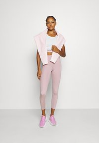 Cotton On Body - SCALLOP HEM 7/8  - Punčochy - old rose - 1