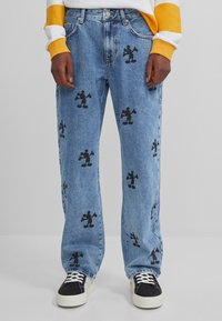 Bershka - MIT MICKY MAUS - Jeans baggy - blue denim - 0
