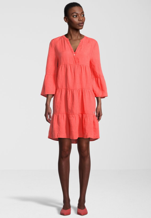 Korte jurk - mandarin orange