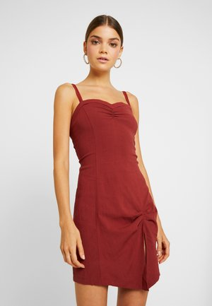MONROE MINI - Shift dress - wine