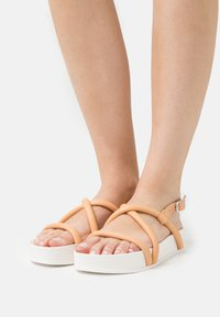 Oa non fashion - Platform sandals - latte - 0